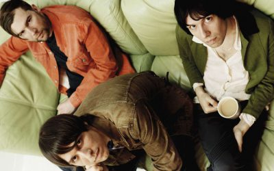 "THE CRIBS: il nuovo singolo ""I Don't Know Who I Am"" (con Lee Ranaldo)"