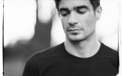"JON HOPKINS: in uscita il nuovo Ep di cover ""Piano Versions"""